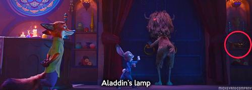 Similitudes et clins d'œil dans les films Disney ! - Page 44 Tumblr_o49nkeVeia1rf73xqo9_500