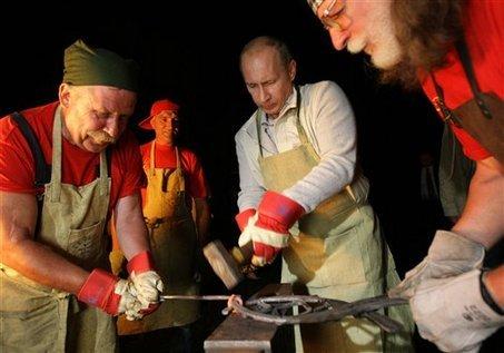 Ukraine - Poutine - Page 18 Tumblr_n26u4c0gL51sizheio1_500