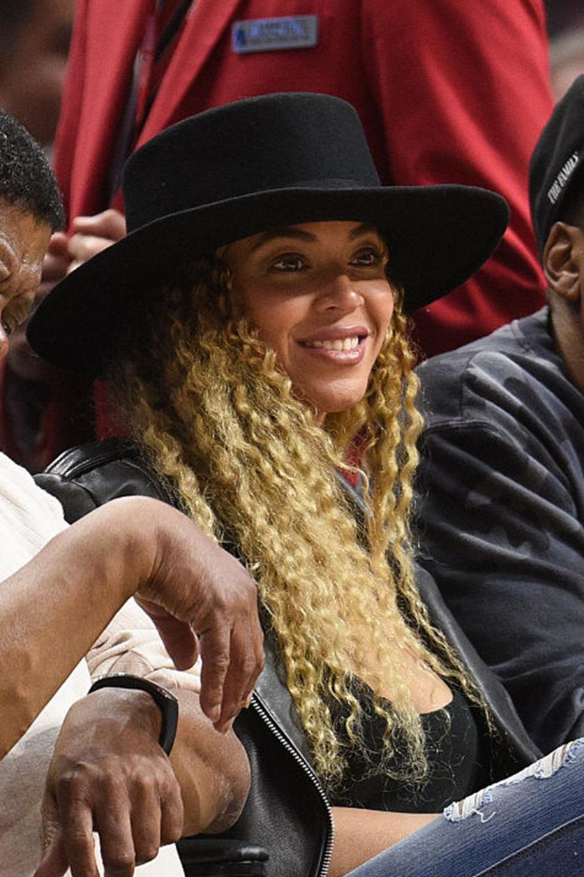 Beyoncé > Apariciones en público <Candids> [IV] - Página 2 Tumblr_o3g9r9pINj1ry0gfbo1_1280
