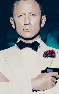 Daniel Craig - 200*320 Tumblr_o59i7hzVph1u7ut5io2_250