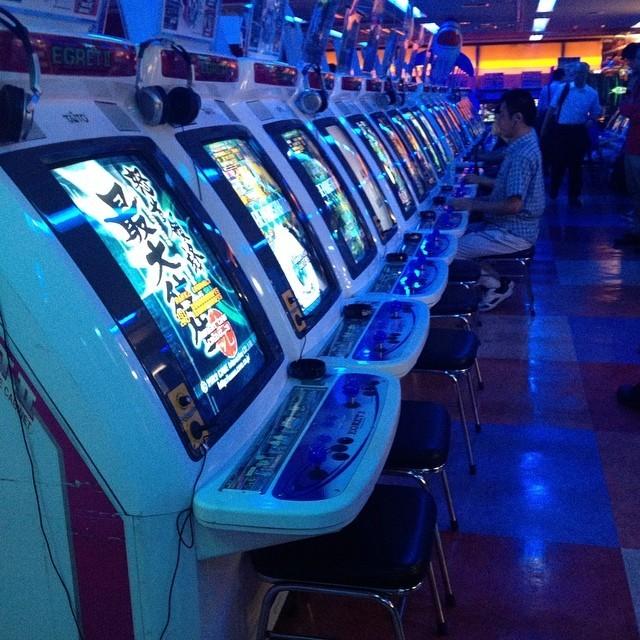 Alternative aux bancs / tabourets arcade officiels (Sega, Taito...) Tumblr_na80v338b31tv1idto1_1280