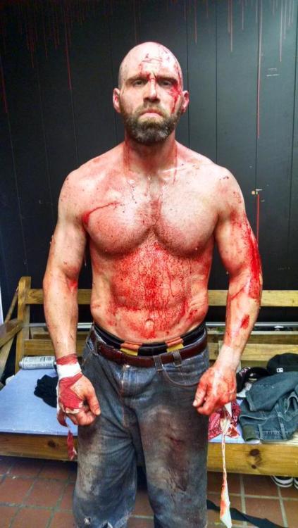 *Pro-Wrestling (WWE/F, TNA, Puro et les autres)* - Topic Officiel - Page 2 Tumblr_nnujykjwsS1snhdpvo2_500