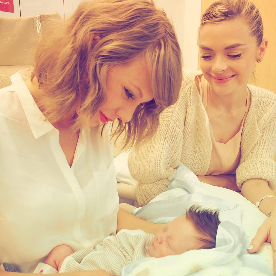 Taylor en las redes sociales (Facebook, Twitter, Instagram, Tumblr...) - Página 18 Tumblr_ns7wzwSCLW1qb86xno1_1280