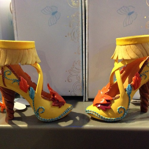 Chaussures miniatures disney (ornement) - Page 39 Tumblr_nnwrmrrWwa1qbltquo1_500