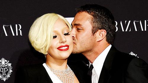 Lady Gaga and Taylor Kinney. Tumblr_nh3qo59sPZ1rz7rr7o8_500