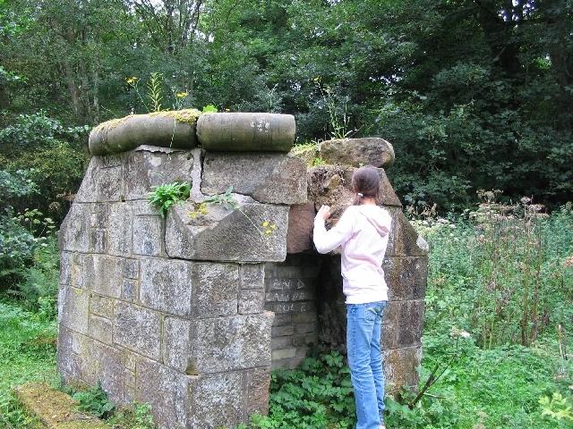 Roslin Glen powder mills Rosglen6
