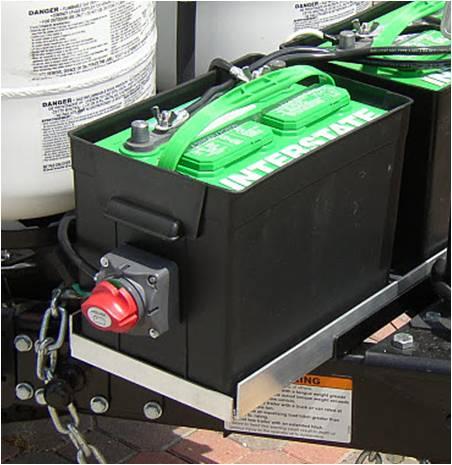 Installer un cut off switch Batt%20Switch