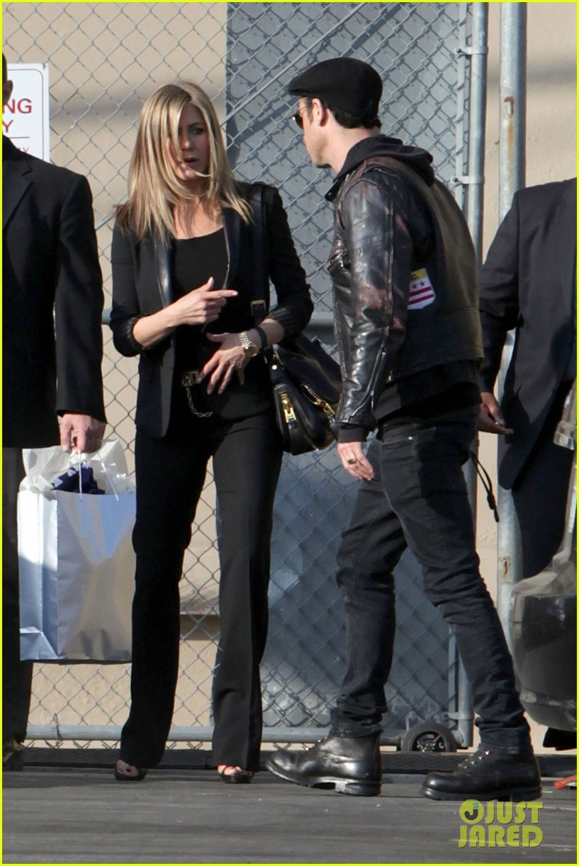 Jennifer Aniston - Страница 6 823583