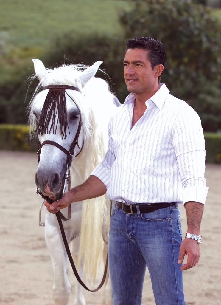 Fernando Colunga - Page 39 1002822