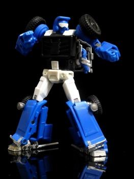 [X-Transbots] Produit Tiers - Minibots MP - Gamme MM - Page 3 5953uMmJ