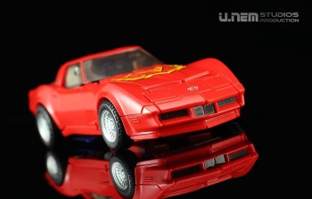 [Masterpiece] MP-25L LoudPedal (Noir) + MP-26 Road Rage (Rouge) ― aka Tracks/Le Sillage Diaclone - Page 2 781LYdoH