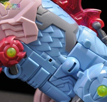 [TFC Toys] Produit Tiers - Jouet Poseidon - aka Piranacon/King Poseidon (TF Masterforce) - Page 2 BoN2Djkh