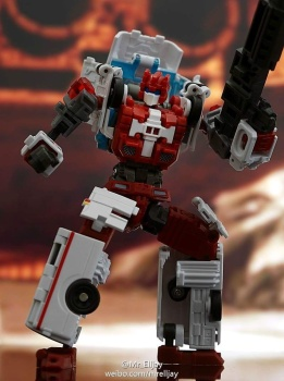 [MakeToys] Produit Tiers - Jouet MTCM-04 Guardia (aka Protectobots - Defensor/Defenso) - Page 3 JLoM0TyU