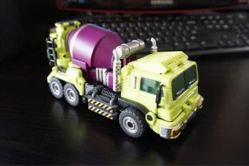 [Generation Toy] Produit Tiers - Jouet GT-01 Gravity Builder - aka Devastator/Dévastateur - Page 2 NlFTDoqf
