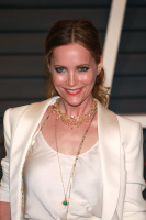 """Leslie Mann """"2015 Vanity Fair Oscar Party hosted by Graydon Carter at Wallis Annenberg Center for the Performing Arts in Beverly Hills"""" (22.02.2015) 126x  Pbf106EJ"""