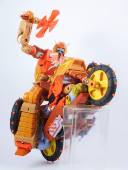 [KFC Toys] Produit Tiers - Jouets Crash Hog (aka Wreck-gar/Ferraille), Dumpyard (aka Junkyard/Décharge) et autres Junkions/Ferrailleurs U1oFxtOI