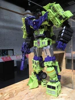 [Toyworld] Produit Tiers - Jouet TW-C Constructor aka Devastator/Dévastateur (Version vert G1 et jaune G2) - Page 6 U2P3bwEg