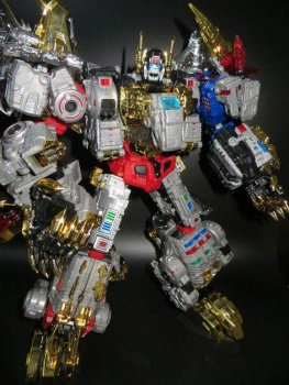 [Toyworld][Zeta Toys] Produit Tiers - Jouet TW-D aka Combiner Dinobots - Page 2 UMKqzydL
