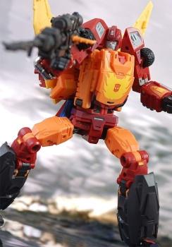 [DX9 Toys] Produit Tiers - Jouet D-06 Carry aka Rodimus et D-06T Terror aka Black Rodimus - Page 2 UbueFQF3