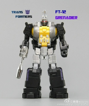 [Fanstoys] Produit Tiers - Jouet FT-12 Grenadier / FT-13 Mercenary / FT-14 Forager - aka Insecticons - Page 2 J04RWjMC