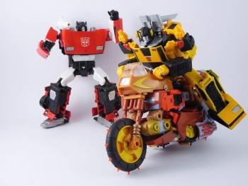 [KFC Toys] Produit Tiers - Jouets Crash Hog (aka Wreck-gar/Ferraille), Dumpyard (aka Junkyard/Décharge) et autres Junkions/Ferrailleurs KpLewL9q