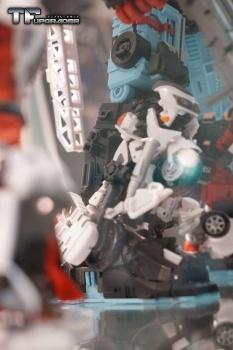 [MakeToys] Produit Tiers - Jouet MTCM-04 Guardia (aka Protectobots - Defensor/Defenso) - Page 2 QepZXo0e