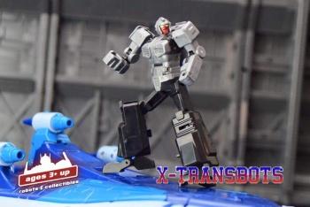 [X-Transbots] Produit Tiers - MX-II Andras - aka Scourge/Fléo - Page 2 XTa8WyJ9