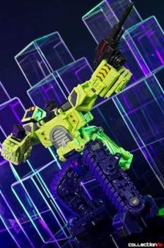 [Toyworld] Produit Tiers - Jouet TW-C Constructor aka Devastator/Dévastateur (Version vert G1 et jaune G2) - Page 4 ZioX6wKN