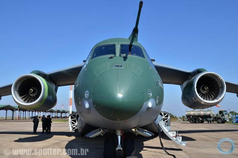 EMBRAER KC-390  - Página 40 31416_resize_800_600_false_true_null