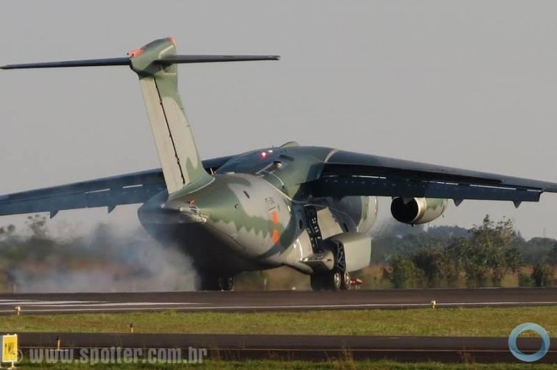 EMBRAER KC-390  - Página 40 31422_resize_800_600_false_true_null