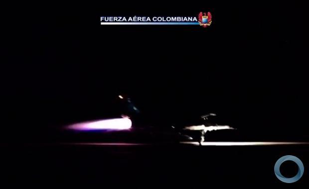 FUERZA AEREA DE COLOMBIA  - Página 18 40443_resize_620_380_true_false_null