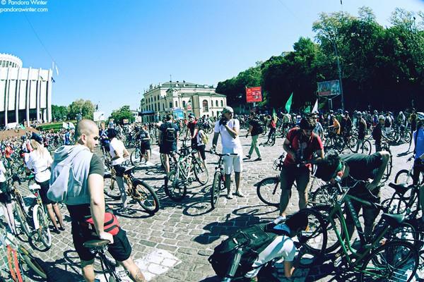 Хрустики на дорогах, или как живут киевские велосипедисты 110719-Hrustiki-na-dorogah-ili-kak-jivu_1