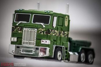 [Masterpiece] MP-10B   MP-10A   MP-10R   MP-10SG   MP-10K   MP-711   MP-10G   MP-10 ASL ― Convoy (Optimus Prime/Optimus Primus) - Page 4 2vEzwIc7