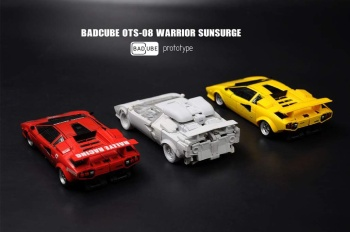 [BadCube] Produit Tiers - OTS-08 Sunsurge (aka Sunstreaker/Solo G1) + OTS-Special 01 Blaze (aka Sunstreaker/Solo Diaclone) 6zlwp5vV