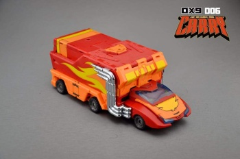 [DX9 Toys] Produit Tiers - Jouet D-06 Carry aka Rodimus et D-06T Terror aka Black Rodimus 7iDNlKBc