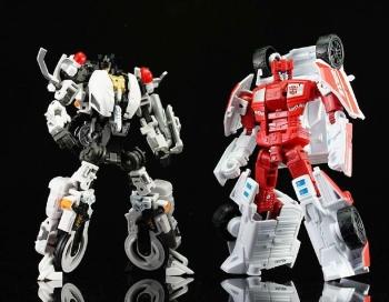 [MakeToys] Produit Tiers - Jouet MTCM-04 Guardia (aka Protectobots - Defensor/Defenso) - Page 2 8VegRmCo
