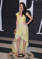 """Juliette Lewis """"2015 Vanity Fair Oscar Party hosted by Graydon Carter at Wallis Annenberg Center for the Performing Arts in Beverly Hills"""" (22.02.2015) 51x FmL1LrWr"""