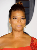 """Queen Latifah """"2015 Vanity Fair Oscar Party hosted by Graydon Carter at Wallis Annenberg Center for the Performing Arts in Beverly Hills"""" (22.02.2015) 23x HFUekEWi"""
