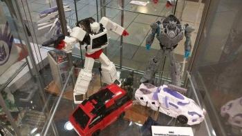 [Voodoo Robots] Produit Tiers - Salus (aka Ratchet/Mécano) & Animus (aka Ironhide/Rhino) Ja6PEdsN
