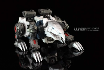 [FansProject] Produit Tiers - Jouet Saurus Ryu-oh aka Dinoking (Victory) | Monstructor (USA) - Page 2 WAfRWrxd
