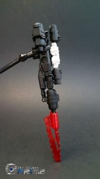 [DX9 Toys] Produit Tiers - Jouet D-06 Carry aka Rodimus et D-06T Terror aka Black Rodimus - Page 2 YAqrw1g2