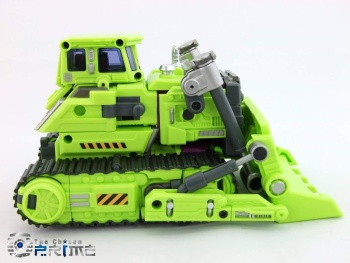[Generation Toy] Produit Tiers - Jouet GT-01 Gravity Builder - aka Devastator/Dévastateur - Page 3 EAnaGZXZ