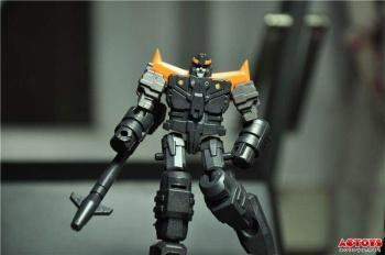 [DX9 Toys] Produit Tiers - Jouet D-06 Carry aka Rodimus et D-06T Terror aka Black Rodimus - Page 2 EHGjFczr