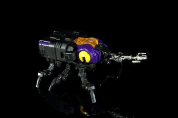 [Fanstoys] Produit Tiers - Jouet FT-12 Grenadier / FT-13 Mercenary / FT-14 Forager - aka Insecticons - Page 2 G0BUfQsg