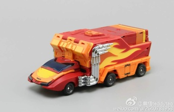 [DX9 Toys] Produit Tiers - Jouet D-06 Carry aka Rodimus et D-06T Terror aka Black Rodimus - Page 2 Hf56xmM1