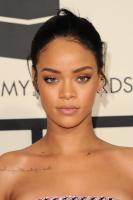 Rihanna  57th Annual GRAMMY Awards in LA 08.02.2015 (x79) updatet INbbxuXB