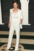 """Leslie Mann """"2015 Vanity Fair Oscar Party hosted by Graydon Carter at Wallis Annenberg Center for the Performing Arts in Beverly Hills"""" (22.02.2015) 126x  KwKWF9MF"""