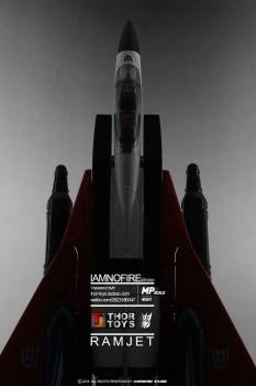 [Masterpiece] MP-11NR Ramjet/Statoréacto par Takara Tomy - Page 3 LFDMxeFB