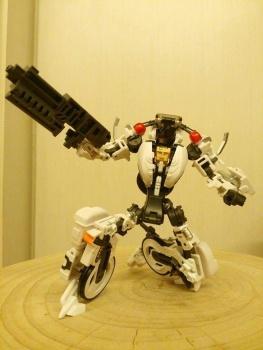 [MakeToys] Produit Tiers - Jouet MTCM-04 Guardia (aka Protectobots - Defensor/Defenso) - Page 2 LZYtrxhr