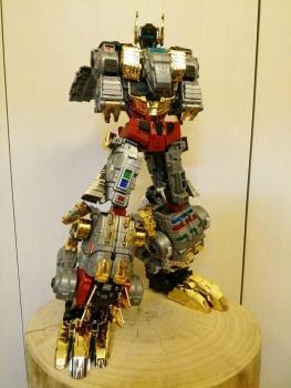 [Toyworld][Zeta Toys] Produit Tiers - Jouet TW-D aka Combiner Dinobots MCRTSJbi
